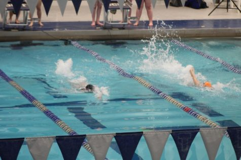 Kingsway swim teams are off to a winning season