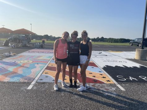 Senior Class officers Sarah Mower, Molly Fitzpatrick, and Maddie Lavender (Left to Right)